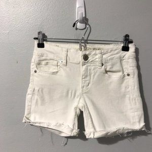 American Eagle Outfitters White Low Rise Shorts 00